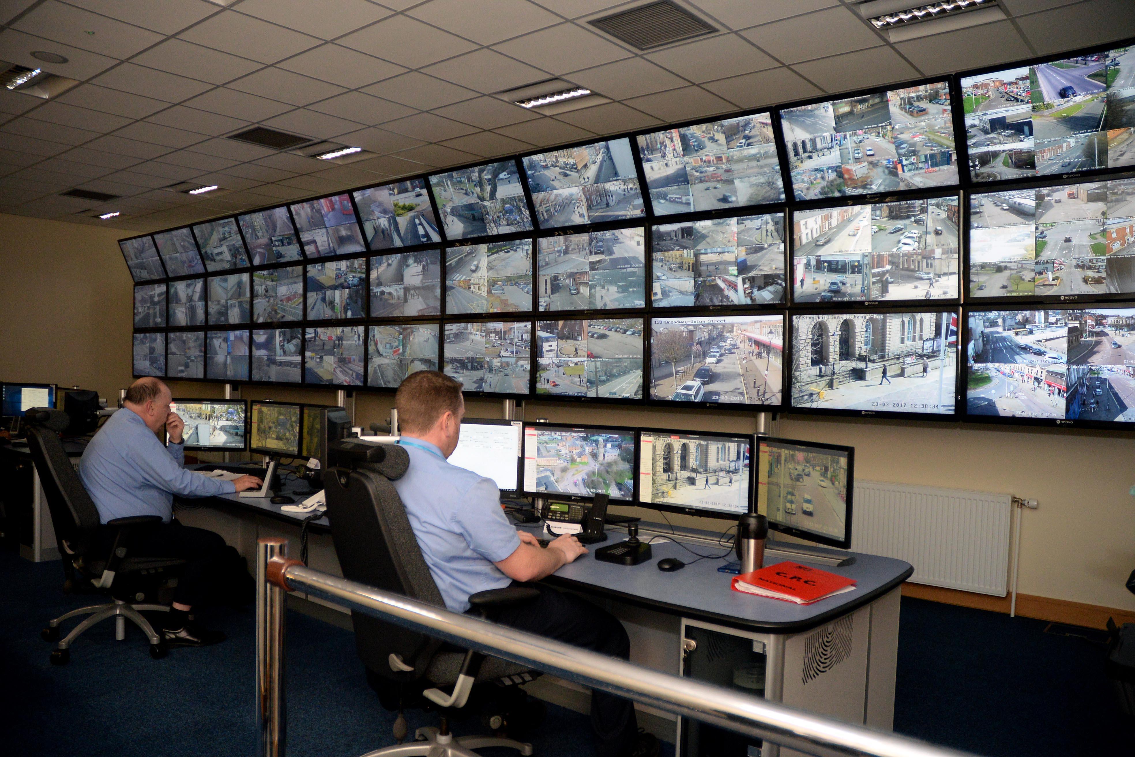 how to set up news camera room software